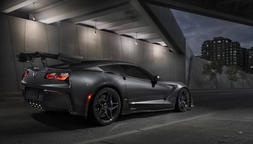 معرفی بهترین خودروهای نمایشگاه  لسآنجلس ۲۰۱۷