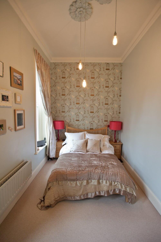 چه کار کنیم تا اتاق خواب کوچکمان زیبا شود ؟