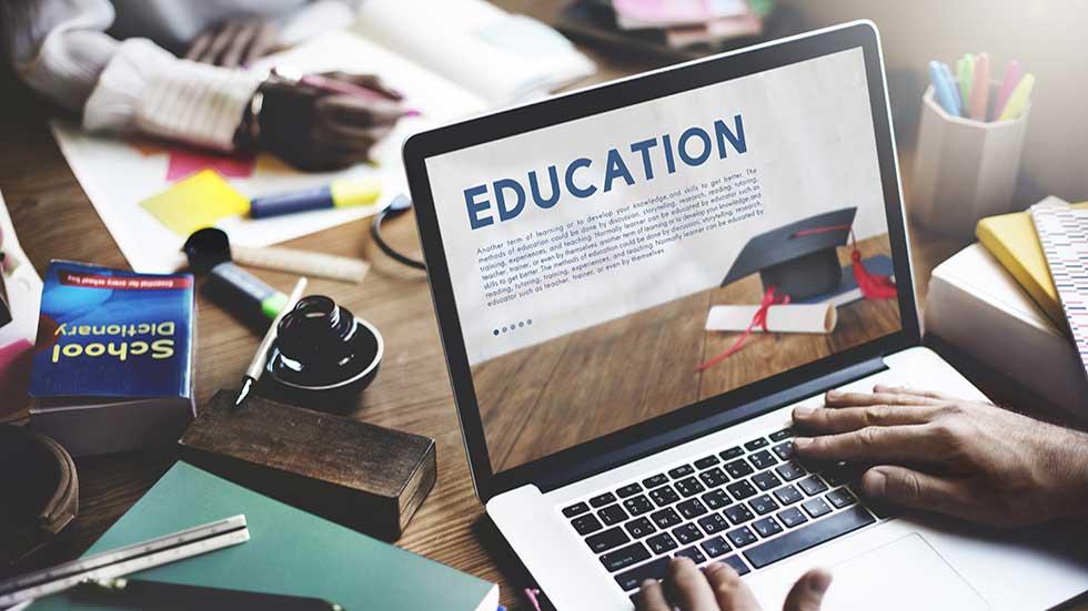 نقش تجهیزات آموزشی