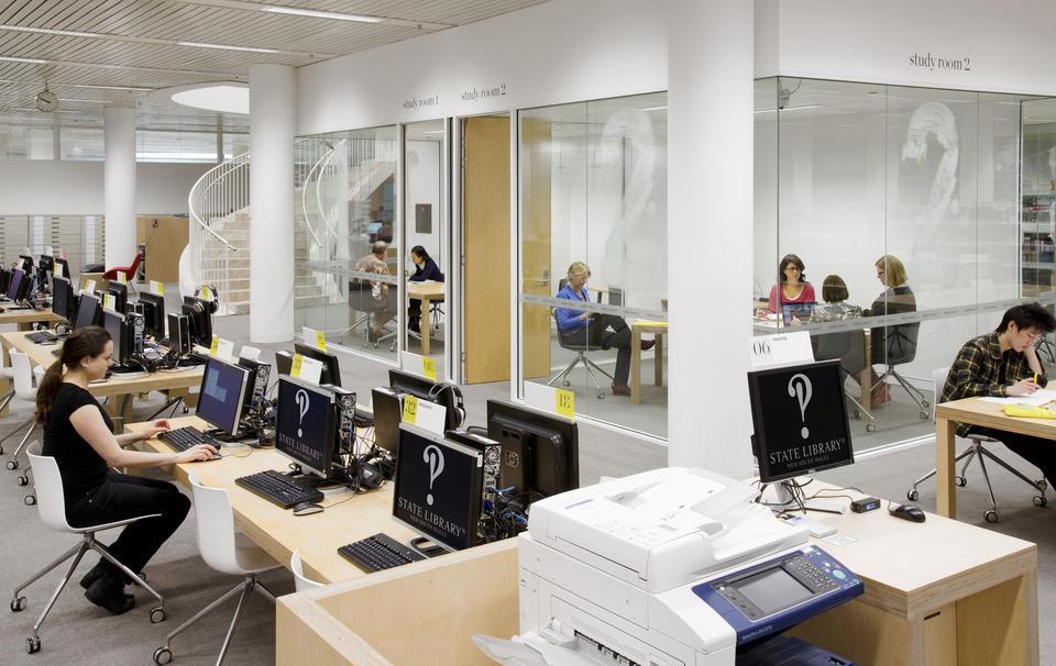 تجهیزات استاندارد کتابخانه