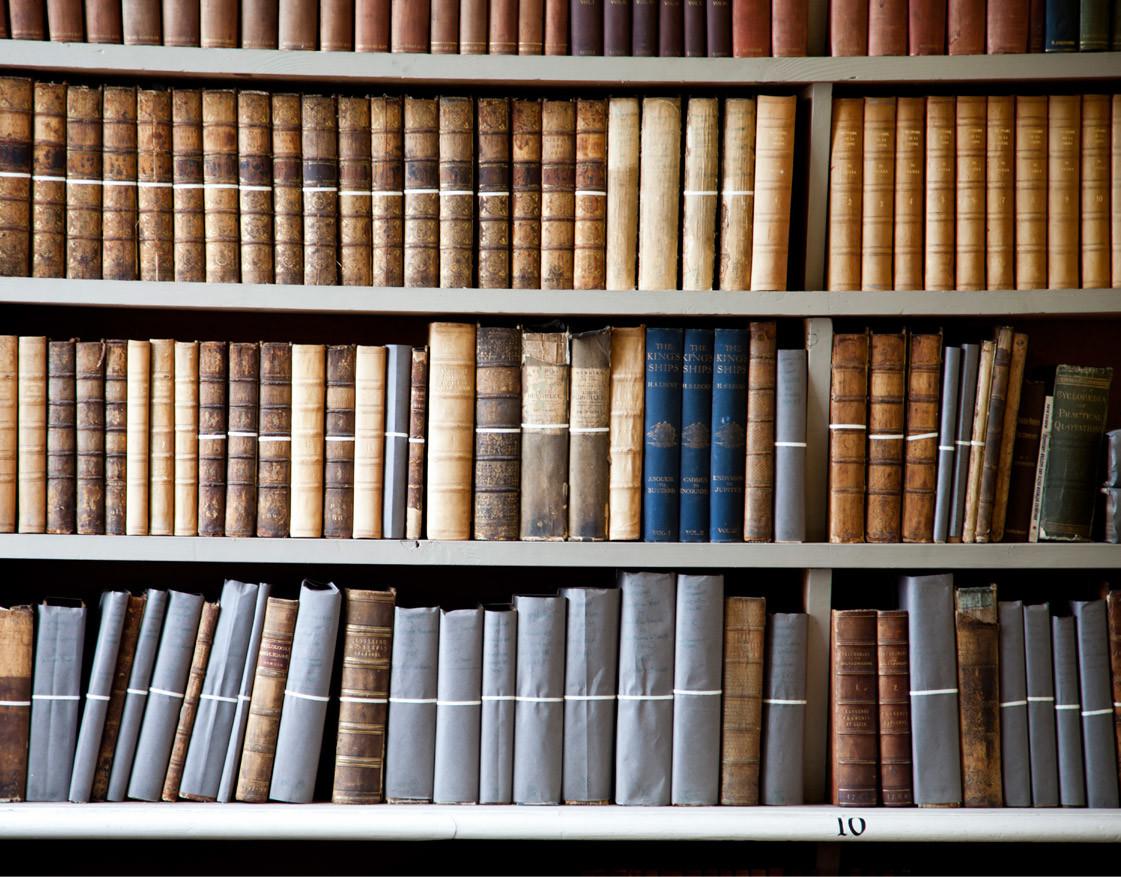 بهترین نوع تجهیزات کتابخانه