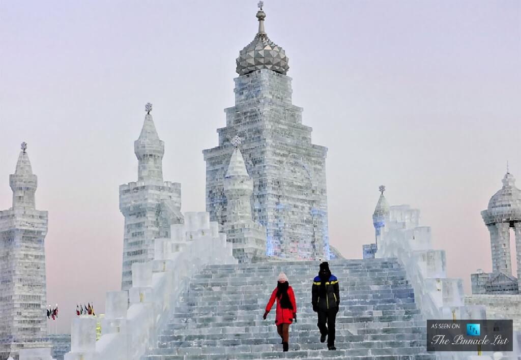 تصاویری شگفت انگیز از بزرگترین فستیوال برف و یخ در چین