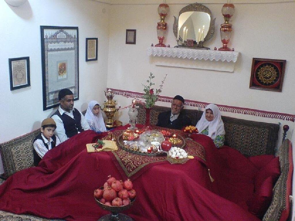 فرهنگ نشستن در ایران