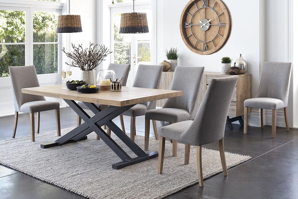صندلی ناهارخوری پارچهای