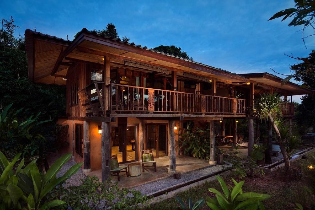 ایده ساخت خانه های چوبی جهان