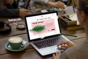 چگونه مجری و پلتفرم مناسب برای طراحی وبسایتمان انتخاب کنیم؟