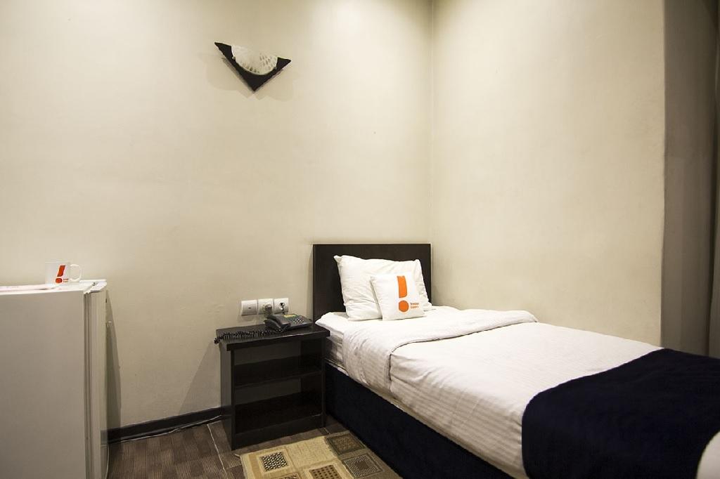 هتل سه ستاره ارزان در تهران