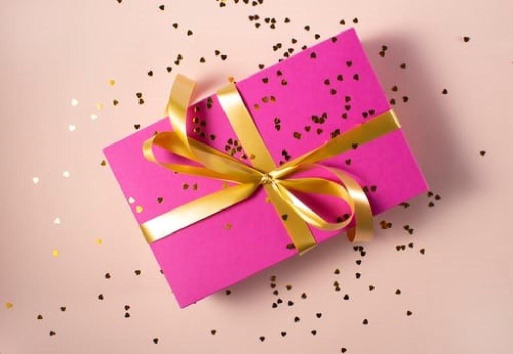 با انواع هدیه مناسب برای تشکر آشنا شوید!