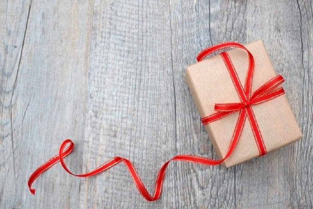 بهترین هدیه روز پرستار را چطور تزیین کنیم؟
